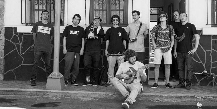 El equipo de JART Skateboards.