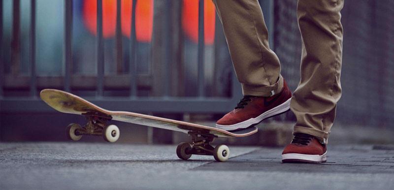 Die Skateschuhe von Nike SB kommen mit innovativer Technologie daher, um das beste Boardgefühl für den Skateboarder zu liefern. Hier zu sehen, am Nike SB P-Rod 9.
